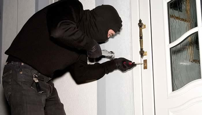 Who Is Misleading Us About Locksmiths?